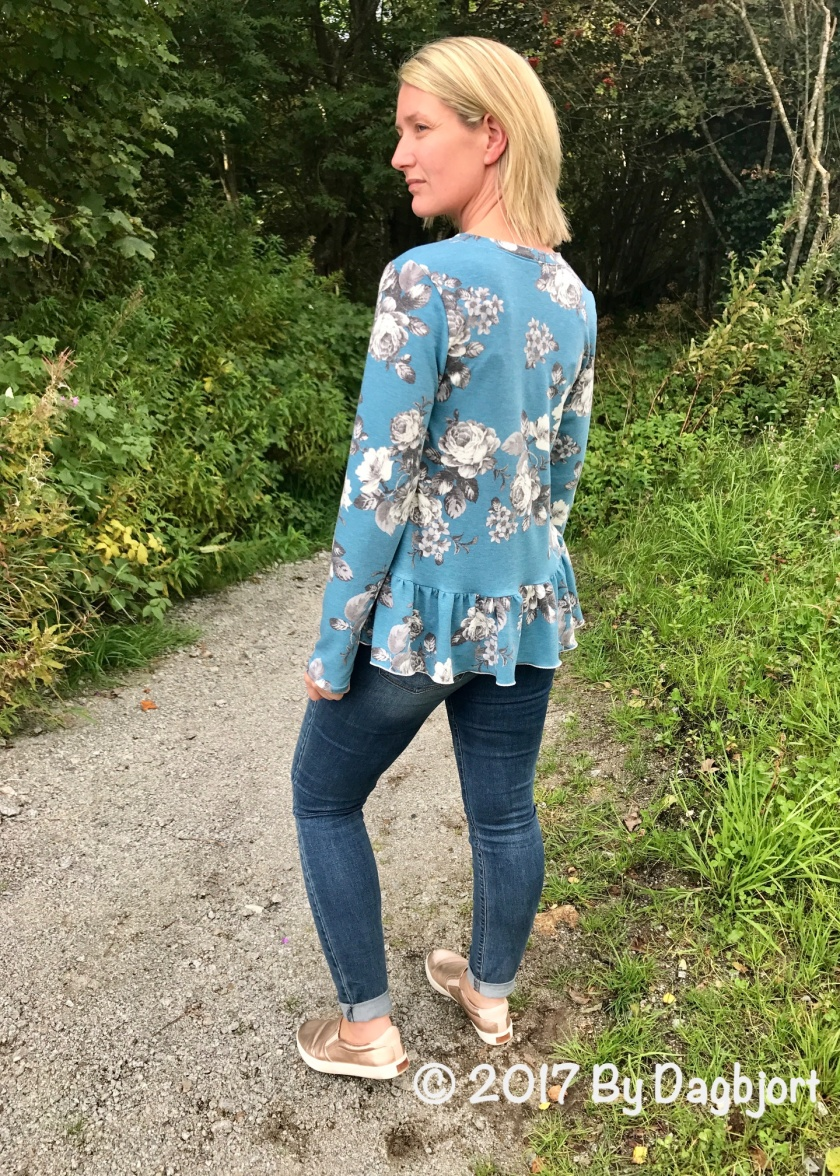 sewing blog about testing patterns and sewing my own wardrobe